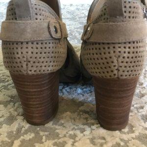 Franco Sarto Shoes - BRAND NEW Franco Sarto Tan Heeled Boot Dakota 7.5